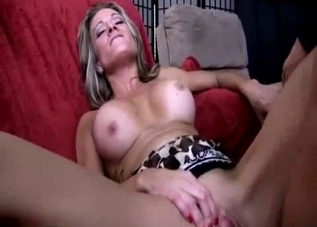 Awesome mom jerks off her snatch