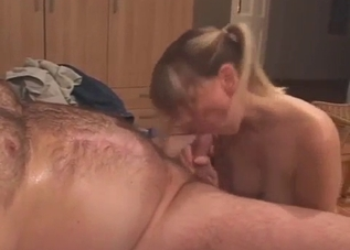 Stepsister is sucking a dick on the knees