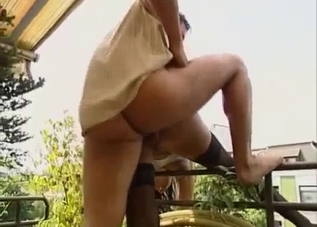 Amateur busty mom is enjoying dirty sex