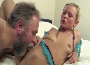 Pigtailed daughter gives her dad a blowjob
