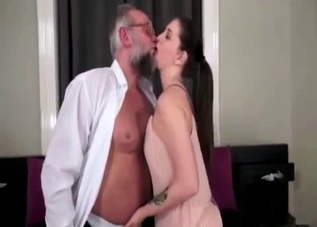 Stunning brunette knows how to suck a dick