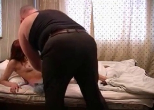 Sexy naked daughter sucked her daddy