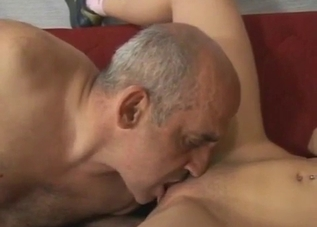 Daddy knows how to lick his daughter