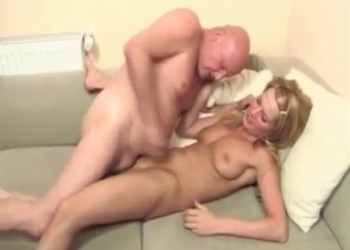 Uncle fucked his sexy niece on camera