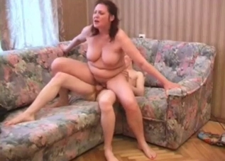 Fat mom fucked in the doggy style pose
